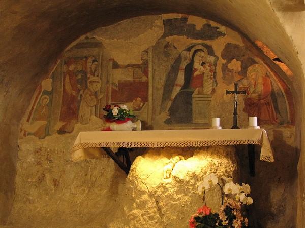 Gruta del Nacimiento (Capilla de Santa Lucia en el Santuario de Greccio)